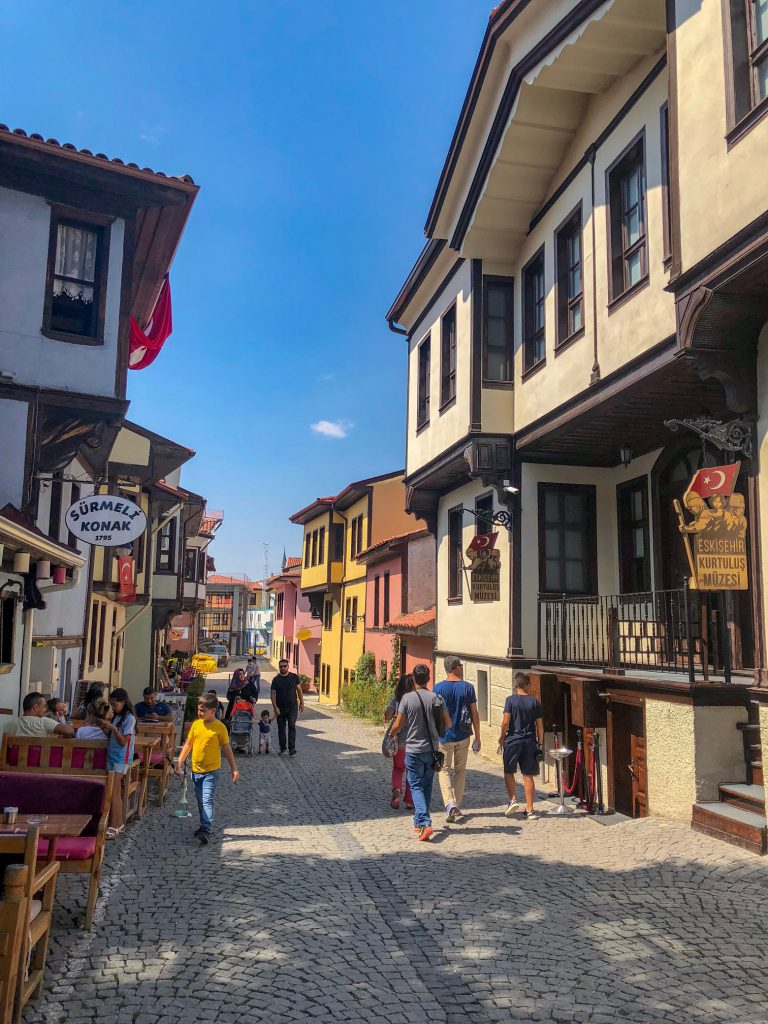 Her Zaman Genç - Eskişehir Gezi Rehberi