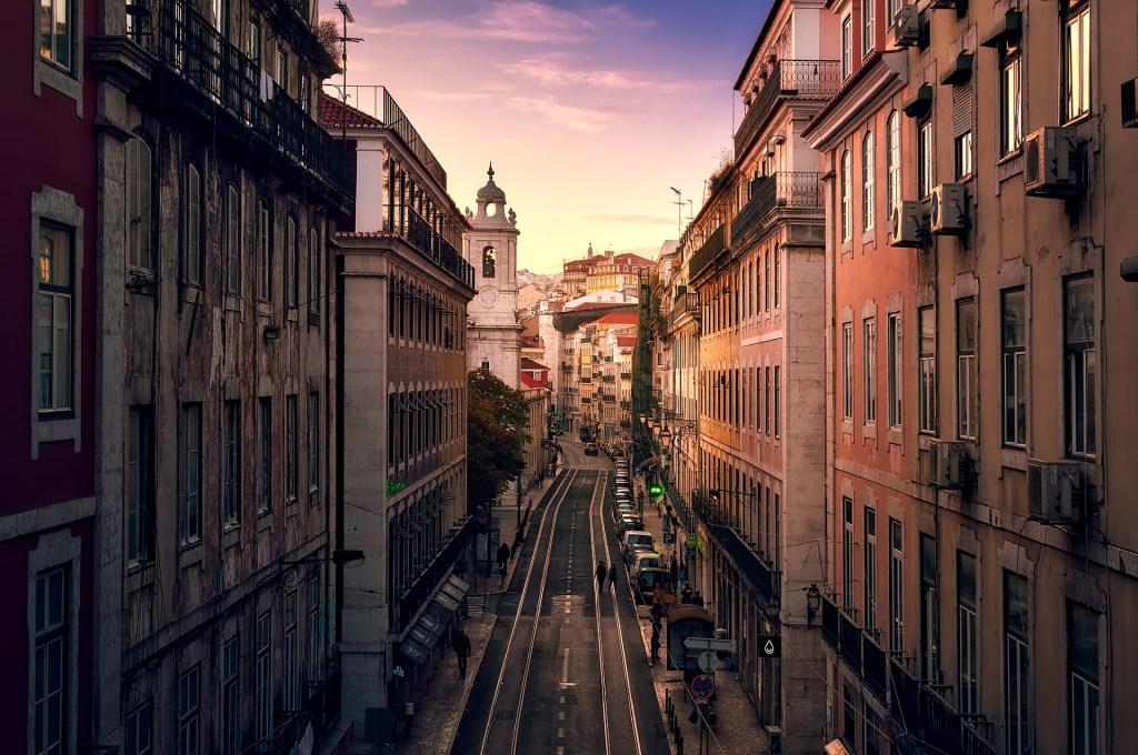 Lizbon'da Gün Batımı İzlenecek 8 Yer