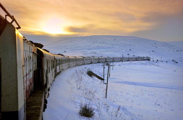 Tren Yolculuğu Sevenler – Ülkemizin Tren Rotaları
