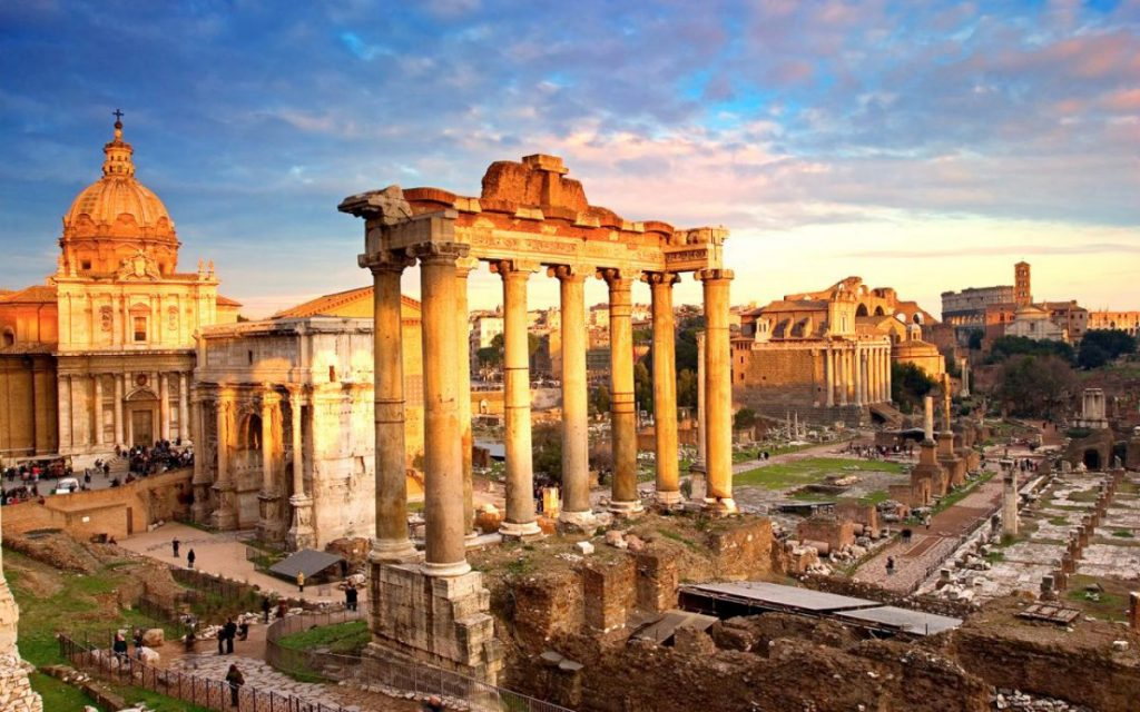 Roma Gezilecek Yerler - Roma Forumu