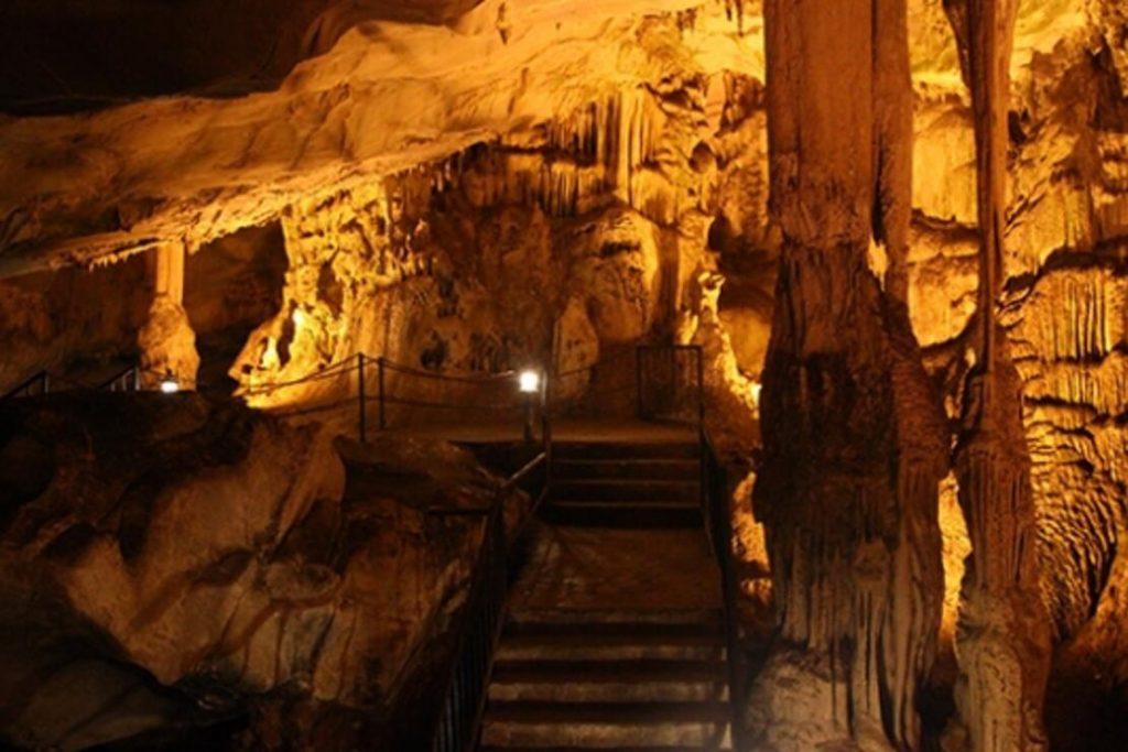 Dupnisa Mağarası - İğneada Gezi Rehberi