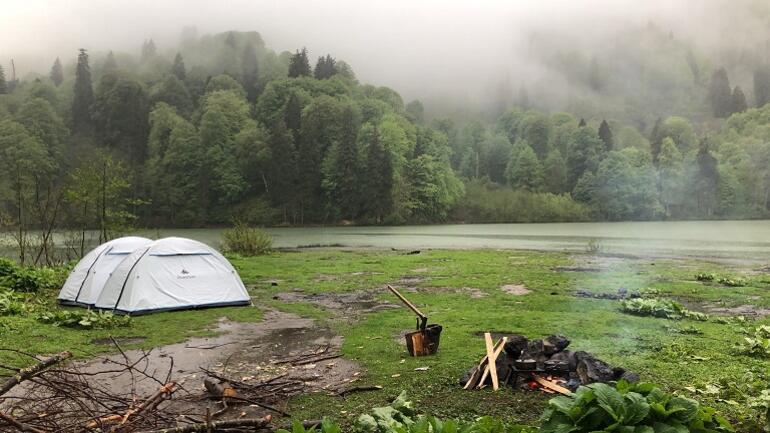Esenceli Köyü Kamp Alanı